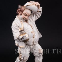 Статуэтка из фарфора Выпивоха с кувшином, Algora, Испания, вт. пол. 20 в.